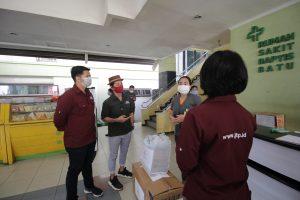 Jatim Park Group Beri Bantuan untuk Tenaga Medis di Kota Batu