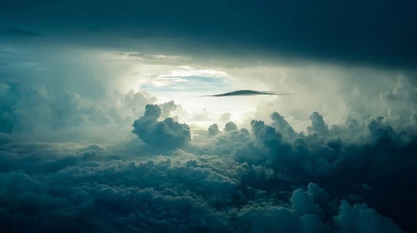 awan angin puting beliung
