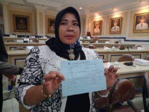 Petani Jeruk di Malang Buktikan Kuitansi Sewa Lahan atas Nama Istri Kades