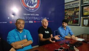 Usai Mundurnya Mario Gomez, Arema FC Mulai Bidik Pelatih Asing