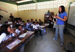 Wacana Sekolah Dibuka Kembali, DPR RI: Pemerintah Masih Mengkaji