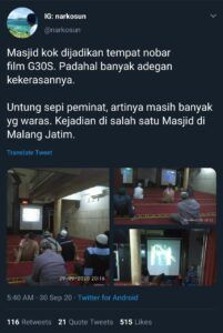 Nobar film G30S/PKI di sebuah masjid di Malang yang menjadi perbincangan warganet di Twitter. (Foto: Dokumen)