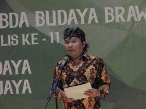 Yusri Fajar sebagai perwakilan dewan kurator menjelaskan proses seleksi dan kriteria pemilihan Anugerah Sabda Budaya Brawijaya.