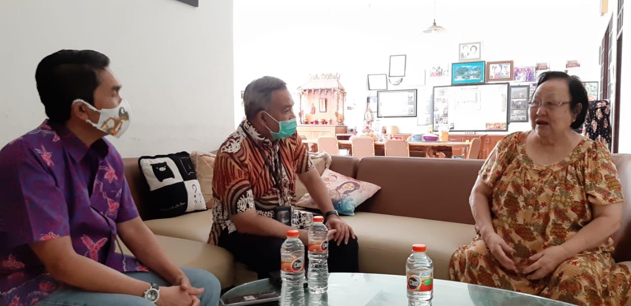 Aqua Dwipayana ketika melakukan kunjungan ke Malang.