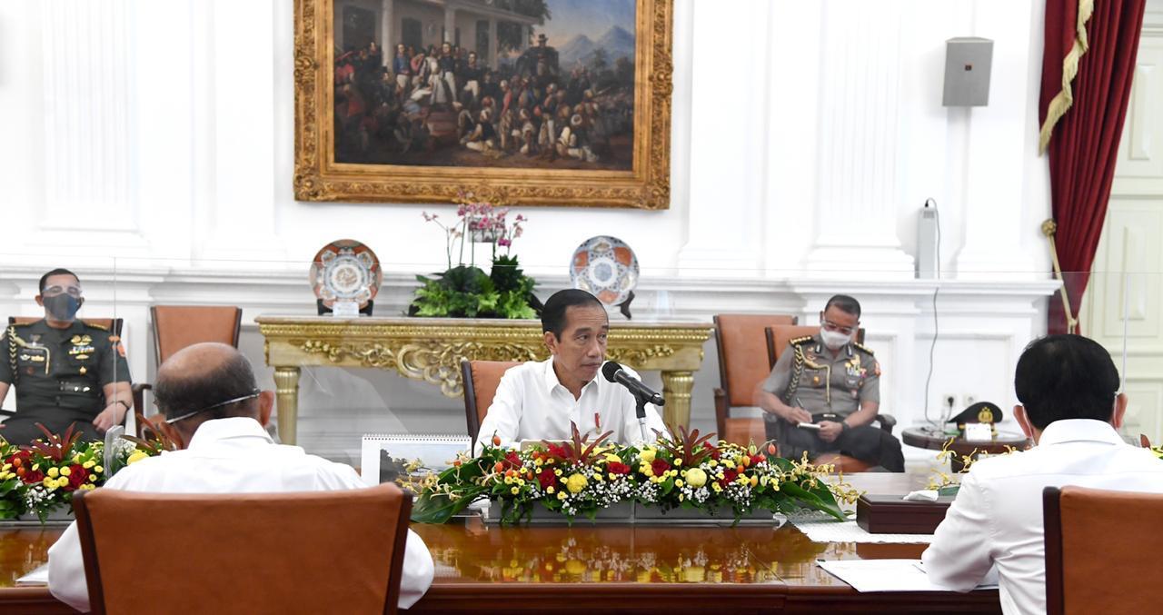 Jokowi Singgung Jawa Tengah dan DKI Jakarta Terkait Meningkatnya Kasus COVID-19