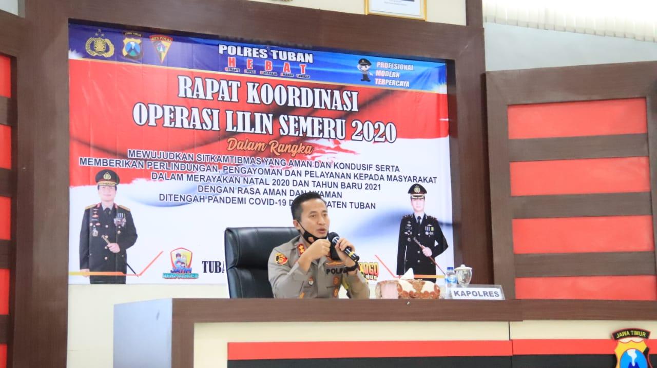 Kapolres Tuban, AKBP Ruruh Wicaksono saat memimpin rapat koordinasi, Kamis (17/12/2020). (Foto: Pemkot Malang)