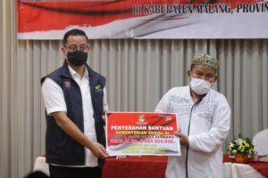 Sebelum Jadi Tersangka Terkait Bansos, Mensos Juliari Batubara Salurkan Bansos di Malang