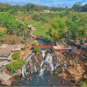 Wisata Sumber Maron tampak dari atas. (Foto: Instagaram Sumber Maron)