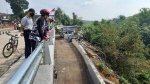 Wali Kota Malang Sutiaji bersama jajara meninjau beberapa proyek Pemkot Malang yang hampir rampung. (Foto: Pemkot Malang)