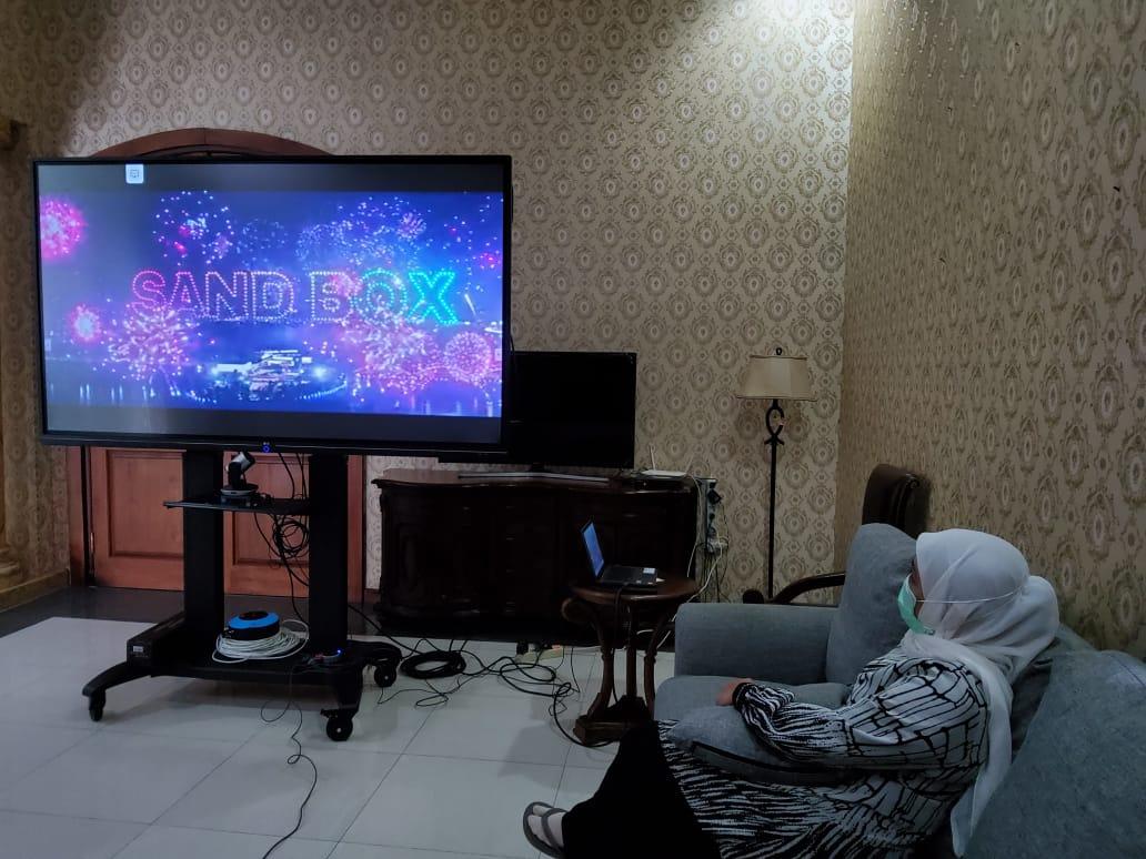 Dari menonton drakor berjudul Start Up, Khofifah ingin bangun kawasan industri 4.0 di Jawa Timur. (Foto: Dokumen)