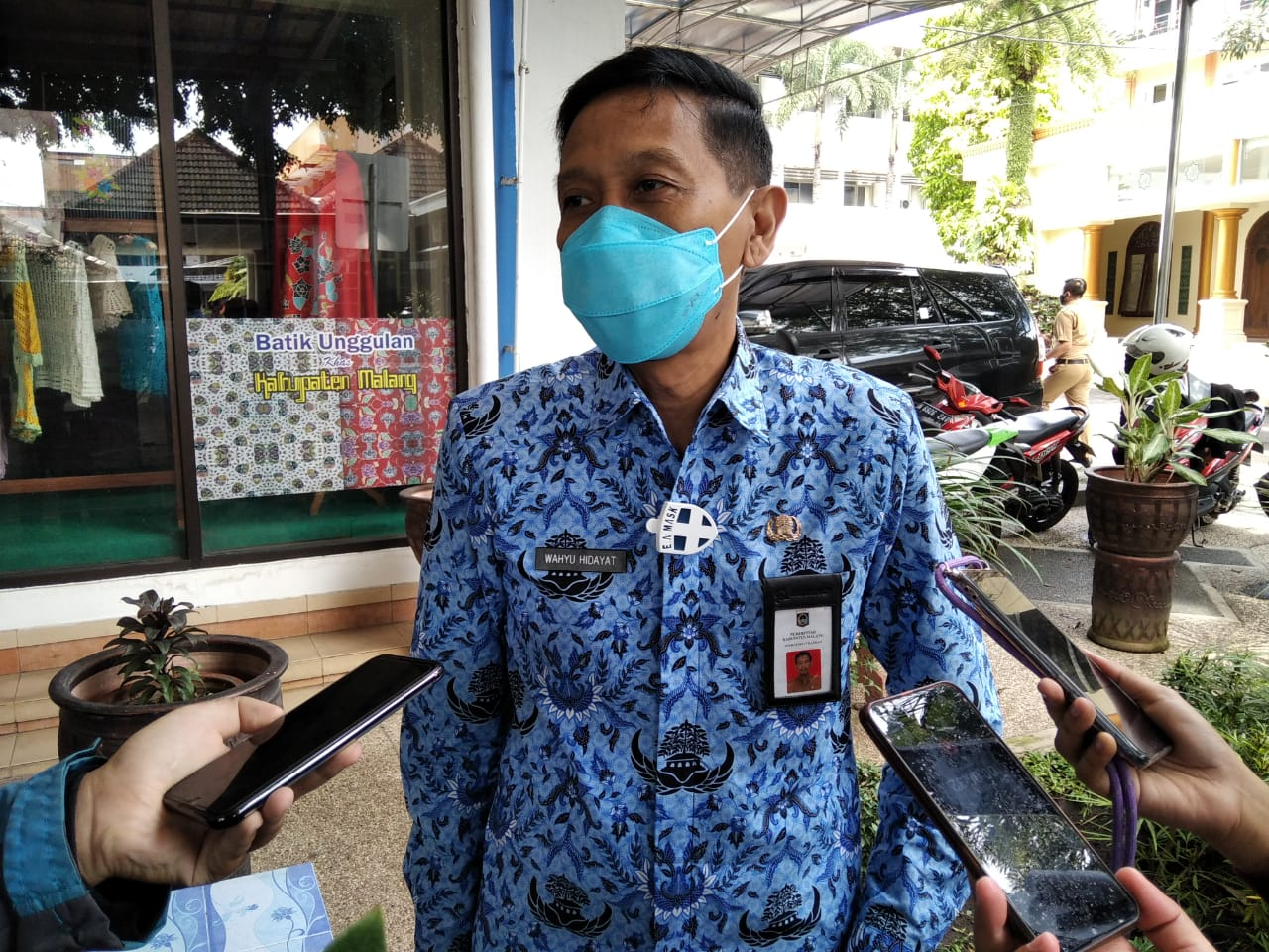Sekretaris Daerah (Sekda) Kabupaten Malang Wahyu Hidayat berbicara mengenai PPKM tahap kedua sesuai Inmendagri. (Foto: Rap/Tugu Jatim)