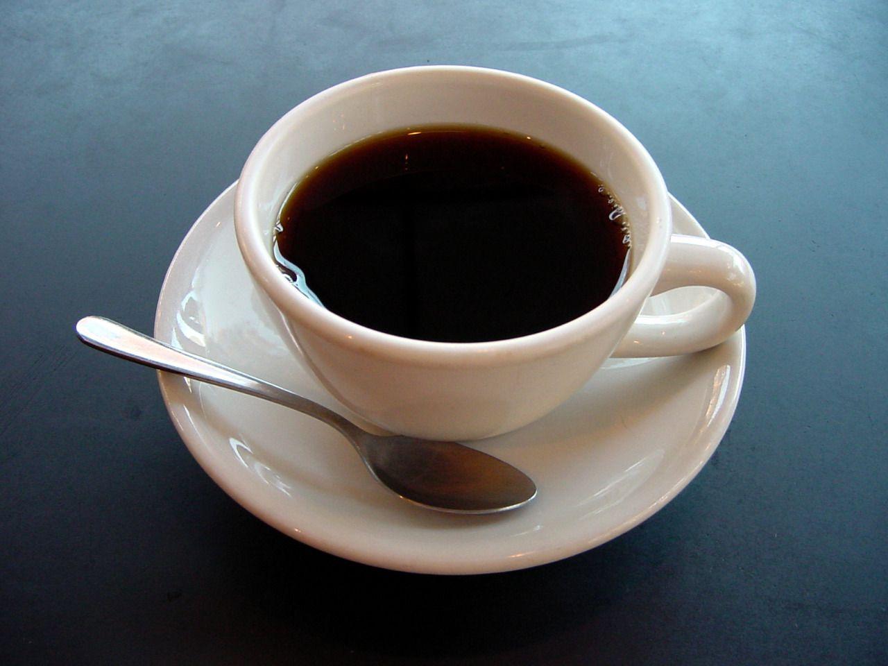 Kopi mengandung kafein yang sangat bermanfaat untuk tubuh. (Foto: Wikipedia/Tugu Jatim)