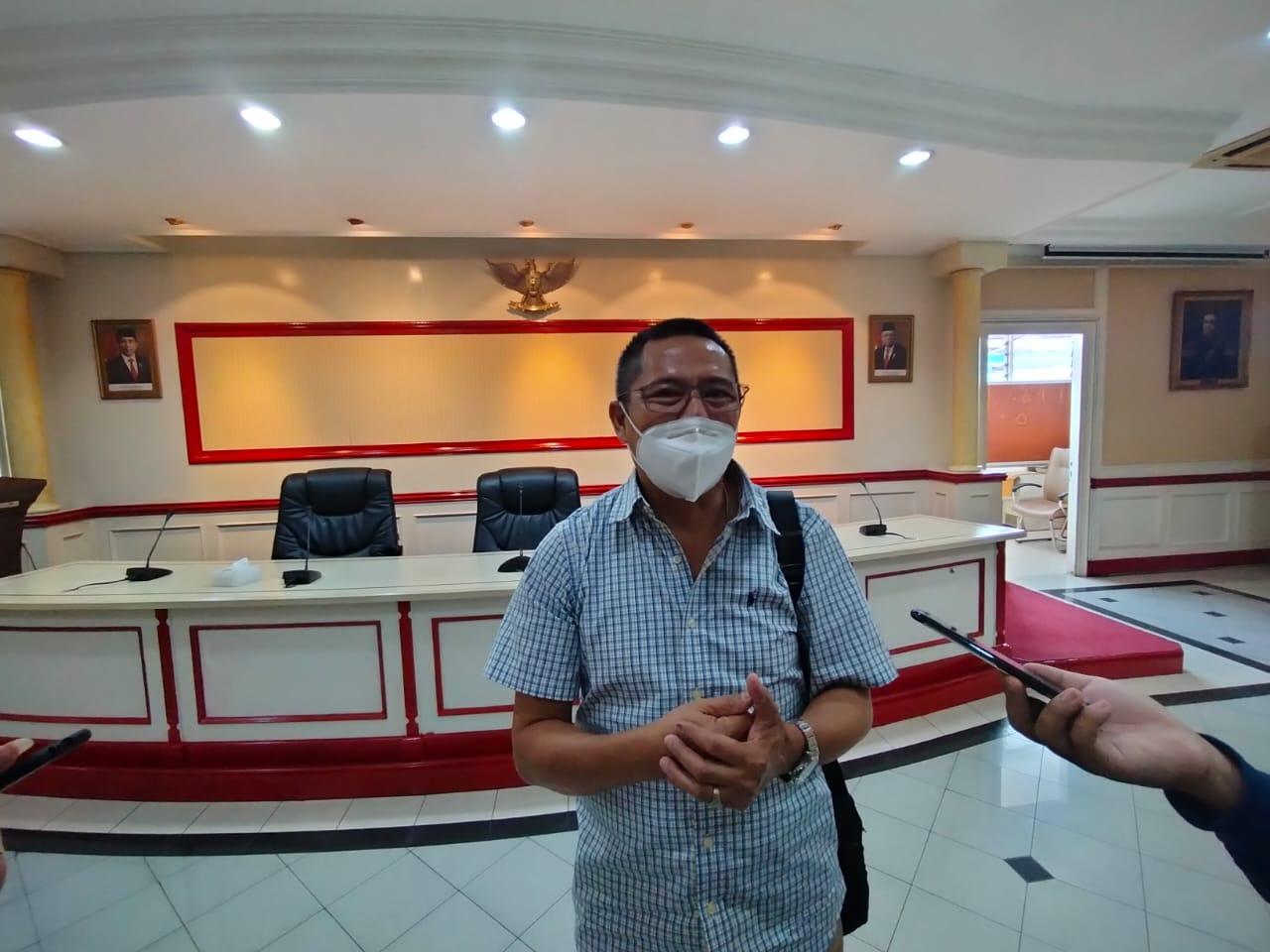 Ketua DPD APTRI PG Kebon Agung Dwi Irianto berbicara soal gula kristal. (Foto: Rap/Tugu Jatim)