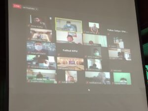 Rapat paripurna kali ini dilakukan secara virtual melalui Zoom.(Foto: Humas DPRD Tuban/Tugu Jatim)