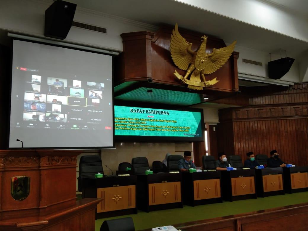 Ketua DPRD Tuban Miyadi saat memimpin rapat paripurna pengumuman penetapan pasangan calon bupati dan wakil Bupati Tuban terpilih pada Pilkada 2020.(Foto:Humas DPRD Tuban/Tugu Jatim)