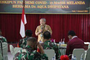 Dr Aqua Dwipayana saat melakukan acara Sharing Komunikasi dan Motivasi di jajarannya di Kodam IV/Diponegoro di awal tahun 2021. (Foto: Dokumen)