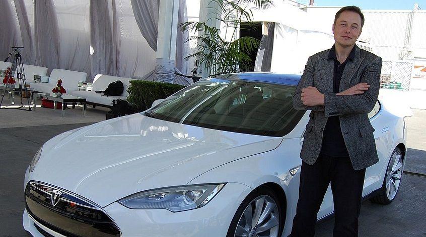 Elon Musk, CEO Tesla dan SpaceX yang menggeser posisi Jeff Bezos sebagai orang terkaya di dunia. (Foto: Creative Common)