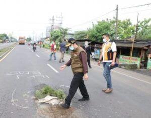Emil Dardak Gerak Cepat Perbaiki Jalan Nasional Mojokerto-Peterongan
