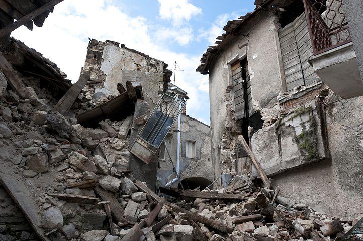 Ilustrasi gempa bumi. (Foto: Pixabay)