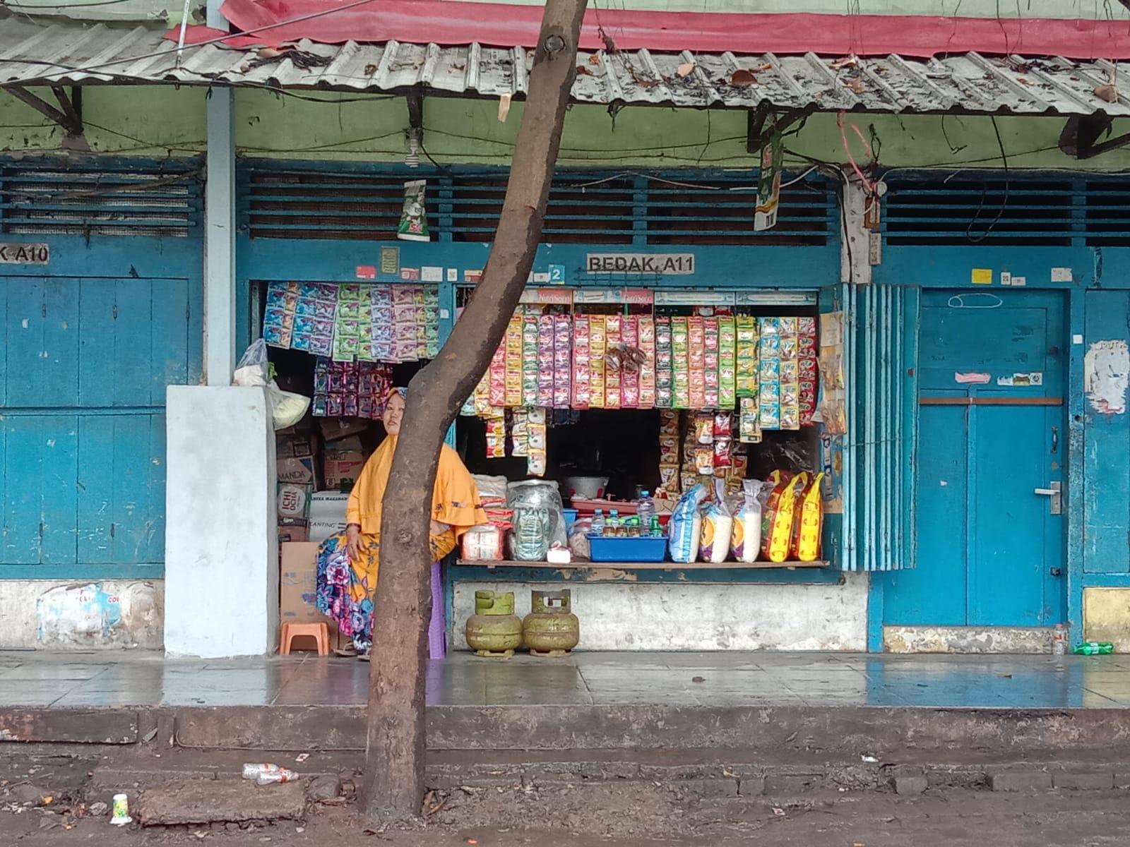 Salah satu warung di Kota Malang. Inflasi Kota Malang tahun 2020 sendiri hanya sebesar 1,42 persen. (Foto: Fen/Tugu Malang/Tugu Jatim)