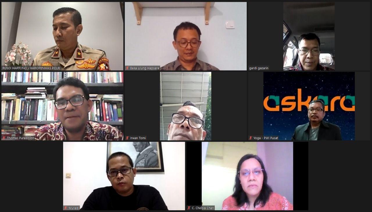 diskusi virtual yang diadakan Beranda Ruang Diskusi dan dipandu Yophiandi dari Kompas TV, Jumat (22/1/2021). (Foto: Dokumen) kapolri listyo sigit