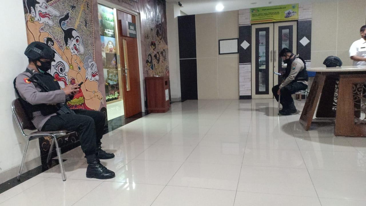 KPK datangi Balai Kota Among Tani, Kota Batu. (Foto: Rza/Tugu Malang/Tugu Jatim)