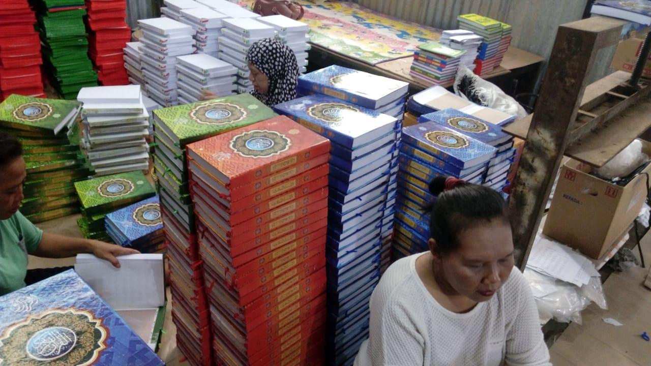Percetakan Al-Qur'an di Semarang yang dirintis oleh Muhammad Triyono, Mantan Deputi Direktur BPJS Ketenagakerjaan Kanwil Jateng.