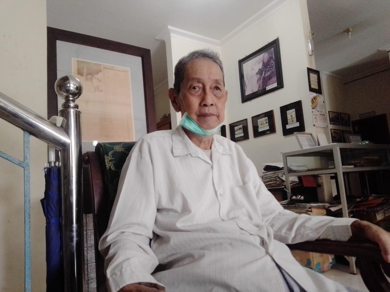Oei Him Hwie, pendiri Perpustakaan Agung Surabaya. (Foto: Rangga Aji/Tugu Jatim)