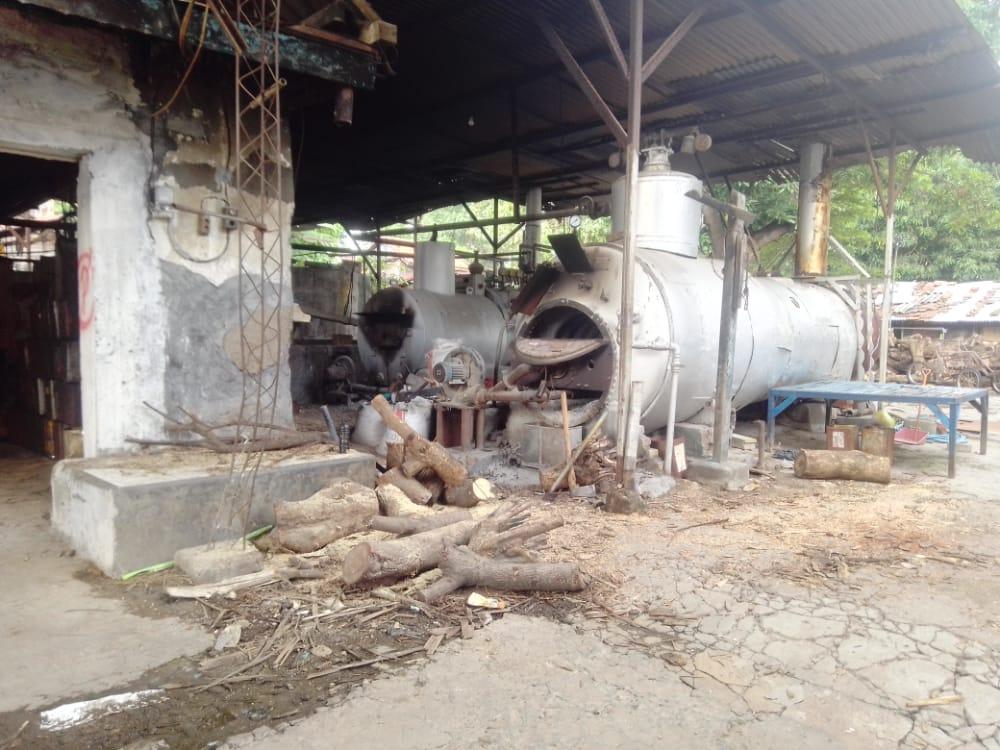 Pabrik tahu tertua di Surabaya, UD Sumber Kencana yang mengaku omsetnya naik di tengah tingginya harga kedelai di pasaran. (Foto: Rangga Aji/Tugu Jatim)