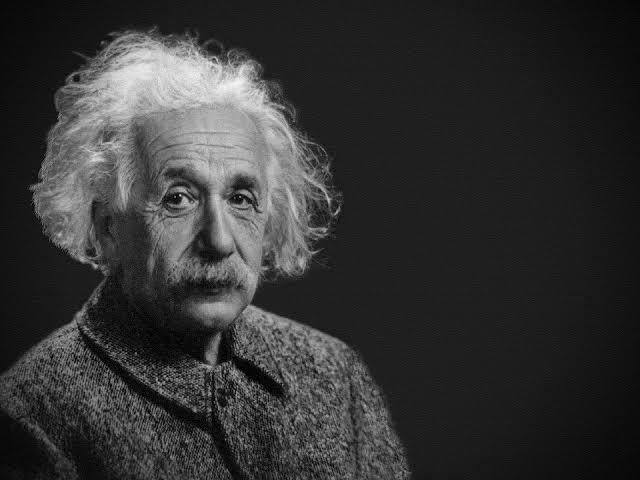 Albert Einstein adalah tokoh fisika yang jenius. (Foto: Pixabay/Tugu Jatim)