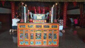 Perayaan Imlek tahun ini tak ada pertunjukan barongsai . (Foto: Noe/Tugu Jatim)