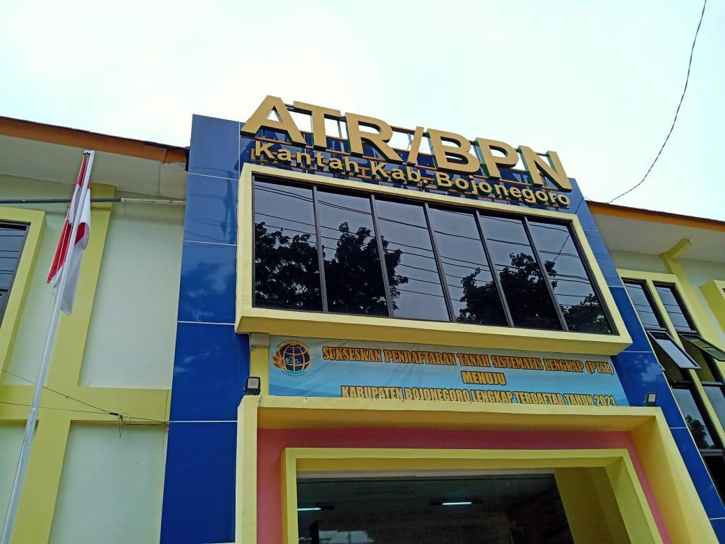 Kantor ATR/BPN Bojonegoro. (Foto: Mila Arinda/Tugu Jatim)