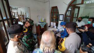 Peninjauan RSIA Mawar Malang sebagai pelayan vaksinasi pada tahap kedua oleh Forkopimda Malang pada Kamis (18/02/2021). (Foto: Azmy/Tugu Jatim)