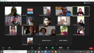 Diskusi publik yang dilakukan secara virtual soal anggaran pencegahan Covid-19. (Foto: Rochim/Tugu Jatim)