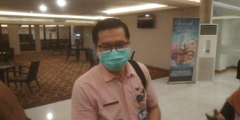 Jubir Satgas Covid-19 Kota Malang Husnul Mu'arif saat dikonfirmasi soal penurunan angka Covid-19. (Foto: Azmy/Tugu Jatim)