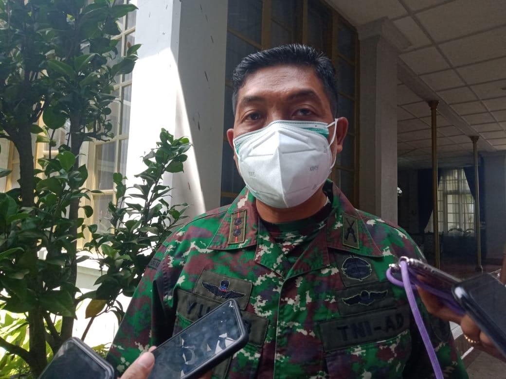 Dandim 0818 Kabupaten Malang-Kota Batu Letkol Inf Yusub Dody Sandra ingin jadwal vaksinasi pelaku ekonomi dipercepat. (Foto: Rap/Tugu Jatim)