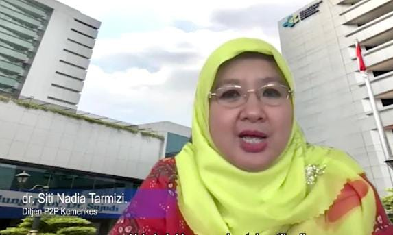Direktur Pencegahan dan Pengendalian Penyakit Menular, Ditjen P2P Kementerian Kesehatan, dr. Siti Nadia Tarmizi. (Foto: YouTube/Sekretariat Presiden) tugu jatim vaksinasi dilakukan dua kali