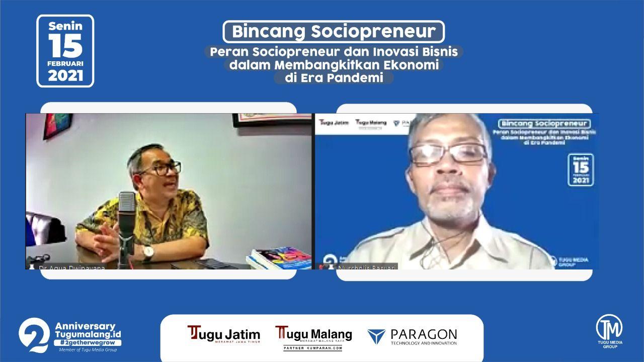 Pakar Komunikasi dan Motivator Nasional Dr Aqua Dwipayana dan moderator Bincang Sociopreneur Nucholis MA Basyari selaku Pemimpin Redaksi (Pemred) tugujatim.id. (Foto: Tugu Media Group/Tugu Jatim)