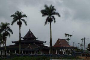 Objek Wisata Budaya Gunung Kawi di Desa Wonosari, Kecamatan Wonosari, Kabupaten Malang. (Foto: RAP/Tugu Malang/Tugu Jatim)