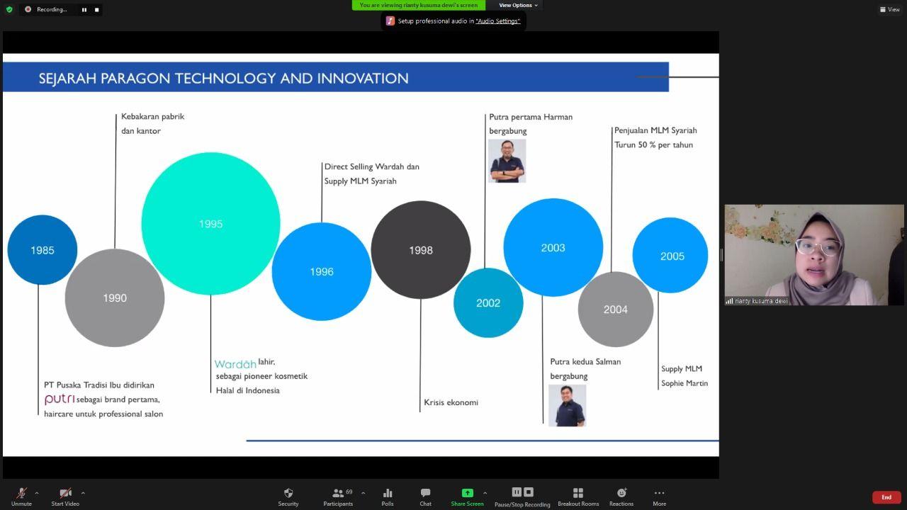 Riyanti Kusuma Dewi, Employer Branding Executive PT Paragon Technology and Innovation tatkala menyampaikan materi tentang 'Innovation Culture' dalam agenda 'Goes to Campus: Pelatihan Jurnalistik dan Fotografi', Senin (22/02/2021). (Foto: Dokumen) tugu jatim