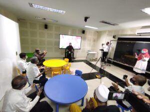 Peresmian Laboratorium Virtual Reality (VR) dan Microteaching bersama Mohammad Nuh, Mantan Menteri Pendidikan dan Kebudayaan 2009-2014. (Foto: Humas Unusa) tugu jatim