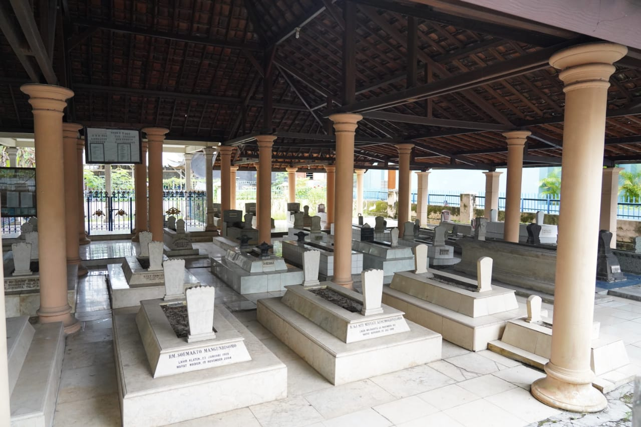 Makam Raden Adipati Aryo Reksokusumo dan Raden Adipati Harya Kusuma Adinegara, pendri Bojonegoro resmi ditetapkan sebagai wisata religi oleh Pemkab Bojonegoro. (Foto: Dokumen/Pemkab Bojonegoro)