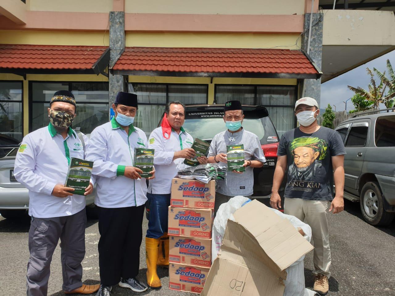 NU Kabupaten Malang Peduli merupakan program yang digagas untuk membantu para korban bencana di wilayah Kabupaten Malang. (Foto: Dokumen/NU Kabupaten Malang Peduli) tugu jatim
