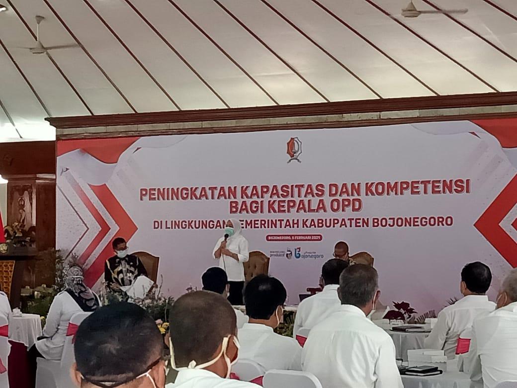 Acara pelatihan peningkatan kapasitas dan kompetensi ASN di Pendopo Malowopati Bojonegoro. (Foto: Mila Arinda/Tugu Jatim)