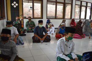 Anak-anak yatim piatu di Yayasan Al-Muttaqin, Pasuruan. (Foto: Dokumen) tugu jatim kodim 0819 pasuruan
