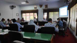 Rapat koordinasi persiapan pemilihan kepala desa di Trenggalek. (Foto: Zamzuri/Tugu Jatim)