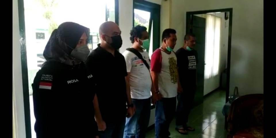 Tangkapan layar video permintaan maaf anggota Satreskoba Polresta Malang Kota terhadap Kol Chb I Wayan Sudarsana. (Foto: Azmy/Tugu Jatim)