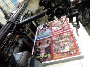 Proses cetak majalah Panjebar Semangat. (Foto: Rangga Aji/Tugu Jatim)