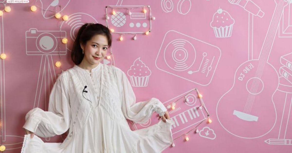 Yeri dalam acara Yeri's Room. (Foto: koreaboo.com/Tugu Jatim)