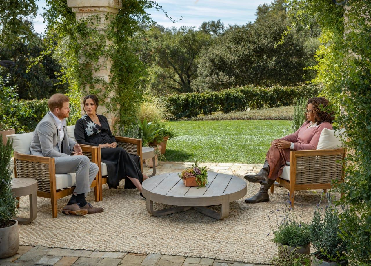 Wawancara eksklusif Pangeran Harry dan Meghan Markle bersama Oprah Winfrey. (Foto: Twitter @Oprah/Tugu Jatim)
